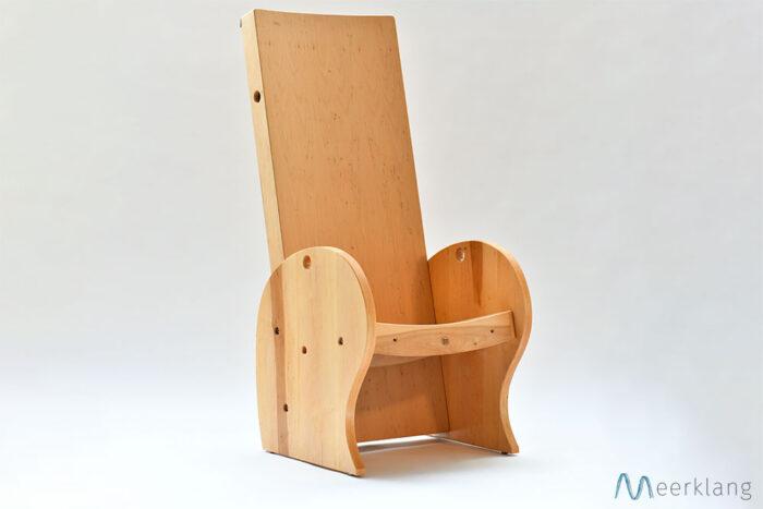Setup as a chair, diagonal view - Manufactory Meerklang