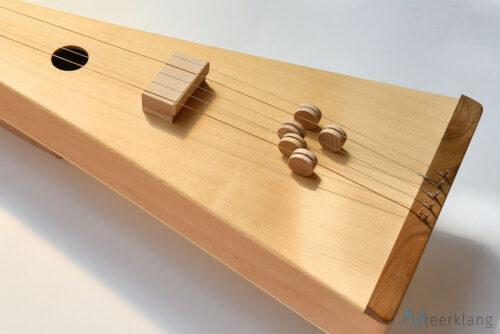 Sitar tambura, detail - Manufactory Meerklang